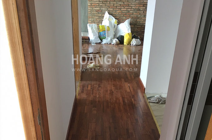 Công trình sàn gỗ Căm Xe FJL