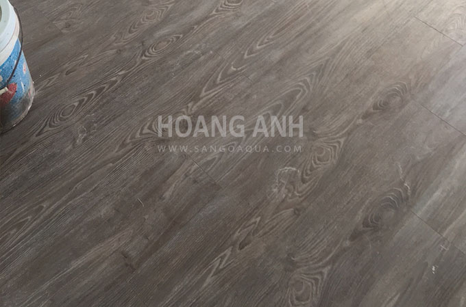 Công trình sàn gỗ Egger H2643 Aqua