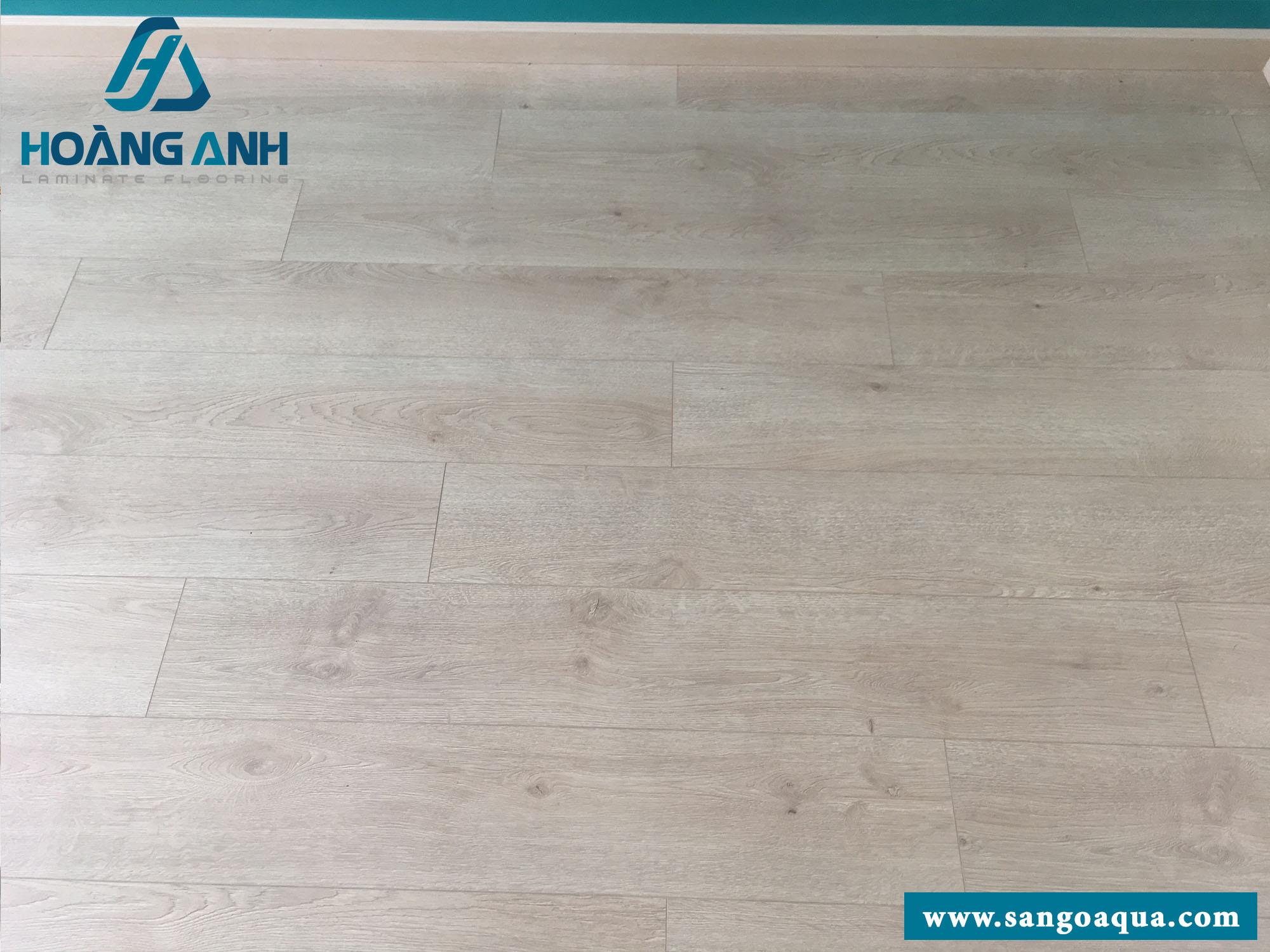 Công trình sàn gỗ Egger Pro Aqua EPL046