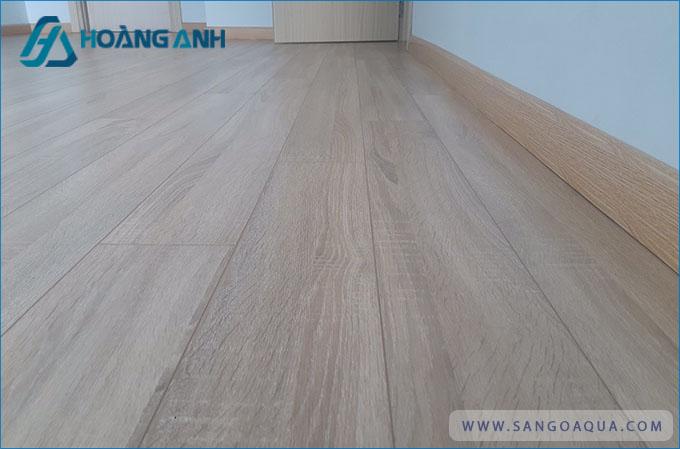 Thi công sàn gỗ Kosmos New chất lượng